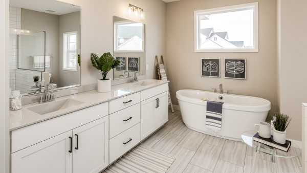 Tips for Touring a Model Home